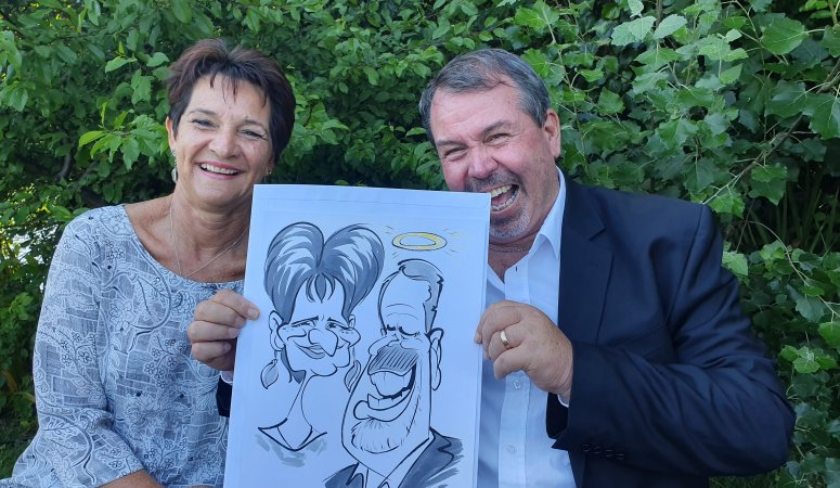 Caricature sketches at Carmen and Duncan's wedding at Zevenwacht